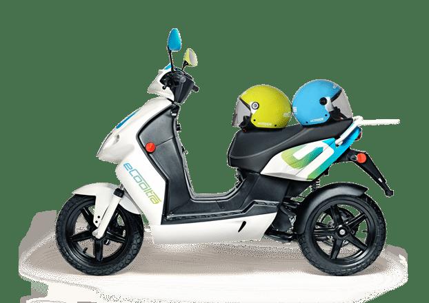 modelo de scooter electrica y compartida eCooltra